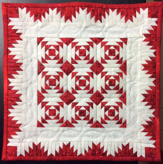 Pineapple bloc and delectable mountains quilt block miniature